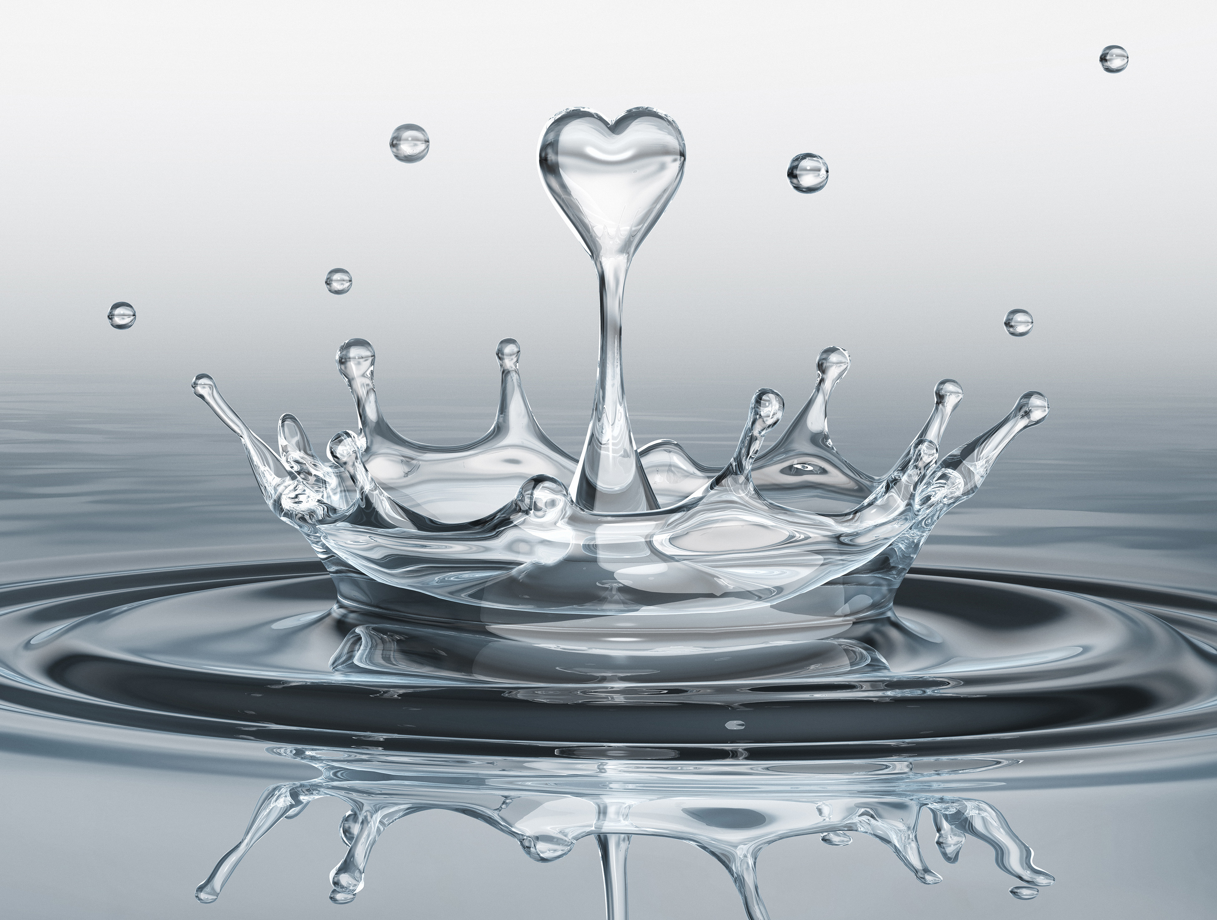Water splash in form of heart